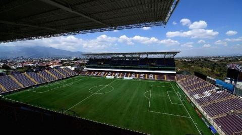Матч в Коста-Рике был прерван из-за угрозы взрыва на стадионе