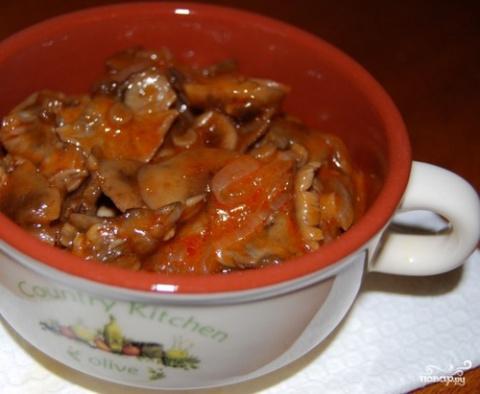 Опята в томатной пасте