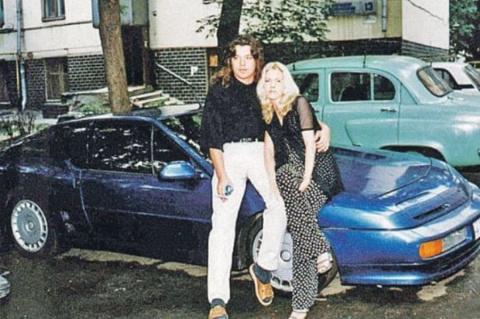 Синяя легенда из 90-х Renaul…