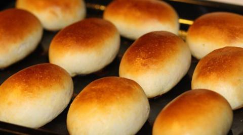 Рецепт пирожков из дрожжевого теста, приготовленных в духовке, которые отлично получаются всегда