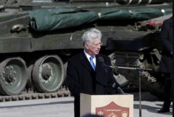 Министр обороны Великобритании: Россия, в отличие от НАТО, постоянно нарушает обязательства