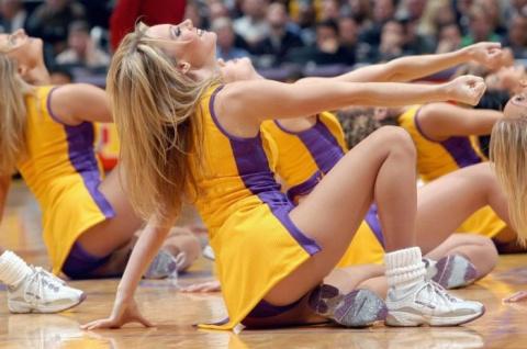 Девушки и спорт (56 фото)