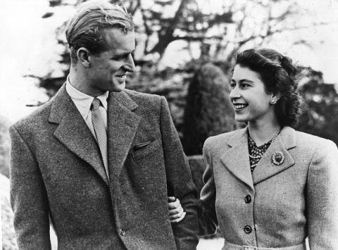 Елизавета II раскрыла все тайны королевского брака