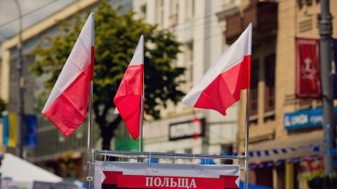 Украинская искра подожгла Польшу
