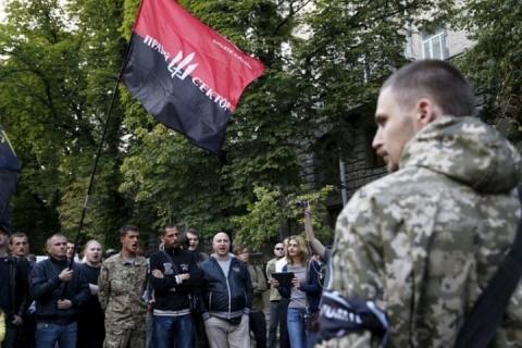 В ДНР сообщили о продвижении колонн «Правого сектора»* на юг Донбасса