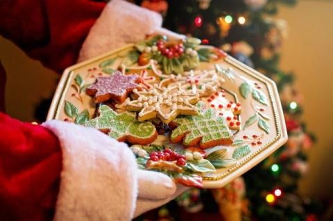 Снеговик, метель и елка. 5 рецептов необычных зимних десертов