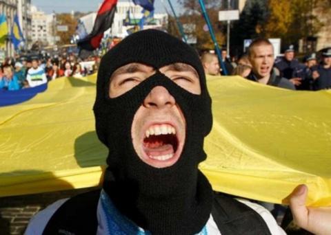Маразм на Украине крепчает...