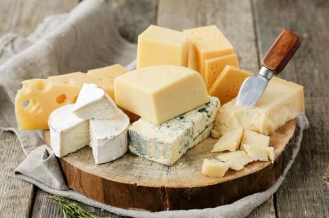 Жирный, желтый, жесткий. Правда и мифы о сыре