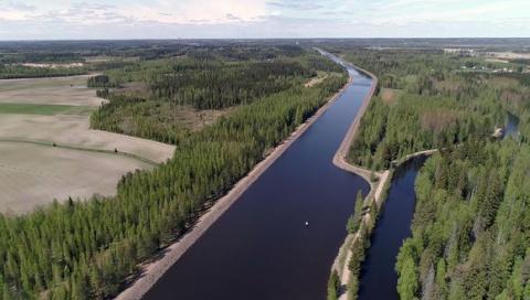 Российские пограничные службы начали усиленную проверку судов, следующих через Сайменский канал
