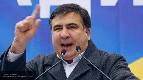 На коверканье украинцами своего имени пожаловался Саакашвили