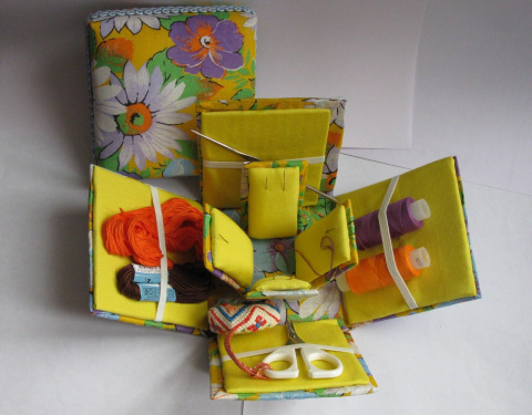Шкатулочка для швейных мелочей