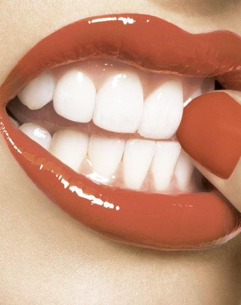 Рецепт отбеливания зубов по-Неумывакину