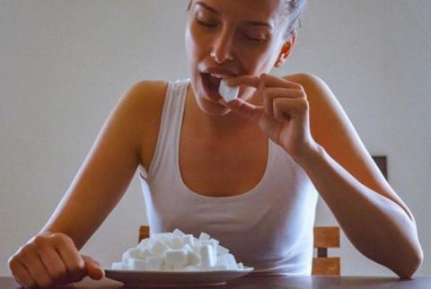 Сахар разрушает организм хуж…