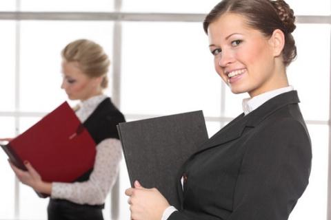 Работающая женщина в нашем обществе считается нормой