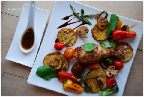 Теплый салат к куриному мяску...