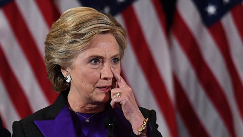 Клинтон возложила на Обаму ч…