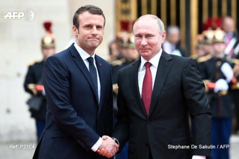 Франция и РФ будут вместе бороться с хакерами — Макрон