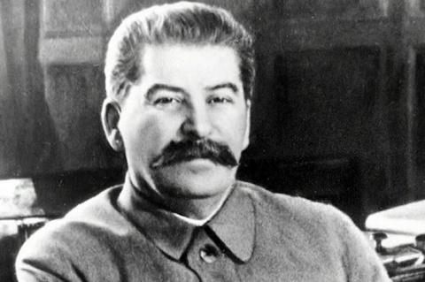 Много лет назад Сталин отвязал рубль от доллара Можно ли сегодня повторить его опыт?