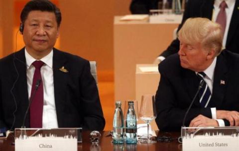 Китай планирует ввести нефтеюань уже в этом году, доллар останется не у дел