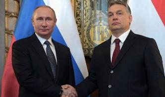 НАТО: Венгрия передает Росси…