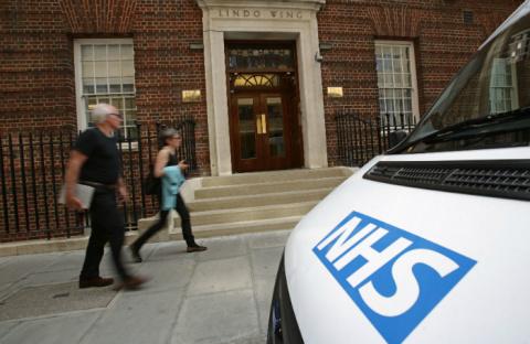 Десятки пациентов умирают в коридорах больниц Великобритании