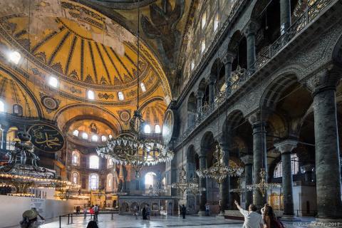 Айя-София - Собор Святой Софии в Стамбуле – внутренние пространства. Первый уровень. Часть 2.