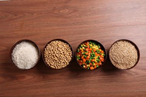 Популярные продукты, которые способны внезапно нас убить