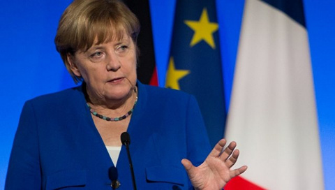 Меркель, выйдя из отпуска, н…