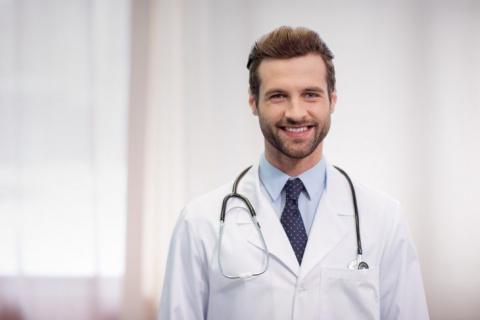 Как врачи скорой помощи над пьянчугами прикалываются
