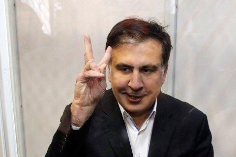 Саакашвили пообещал не бегать по площадям, а «мирно-спокойно» свергать Порошенко