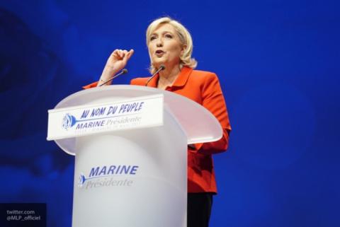 Ле Пен объяснила «лихорадку» Макрона