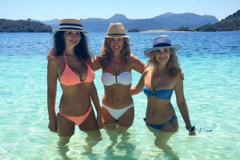 Эти женщины под 40 порвали пляж
