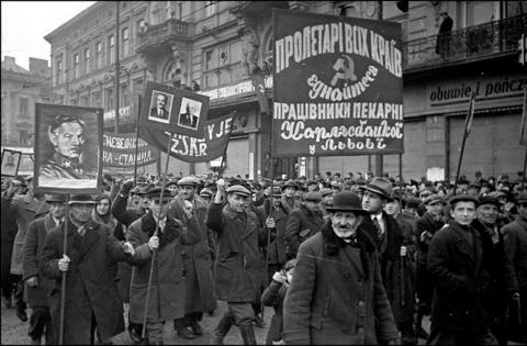 «Золотой сентябрь»: о захвате «совьетами» Западной Украины. Александр Каревин