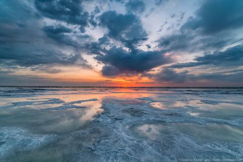 Озеро Баскунчак. Соль, закат…