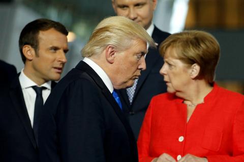 Трамп испортил отношения меж…