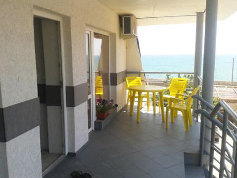 """мини-отель """"Сон у моря"""" в Евпатории  Мини-гостиница leto-more.net в Евпатории. Комфортабельные номера со всеми удобствами на берегу моря (30 метров)."""