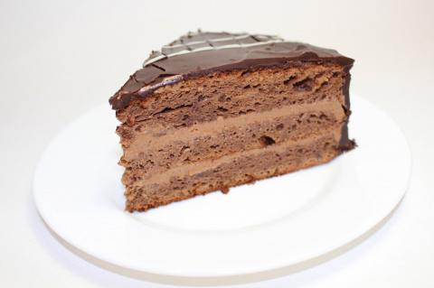 """Торт """"Прага"""". Пошаговый рецепт приготовления"""