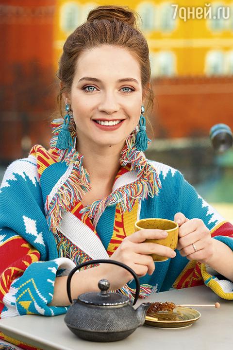 Мария Луговая: «С Моникой Бе…