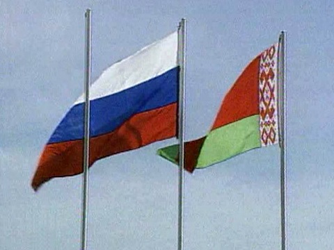 Россия осуществляет паспортный контроль на белорусско-российской границе , ищет украинцев