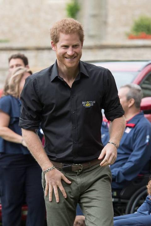 Принц Гарри заказал обручаль…