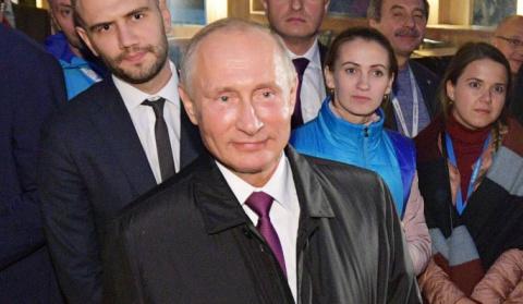 Путин – чернокожему студенту…