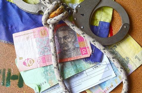 Украина запуталась в долгах:…