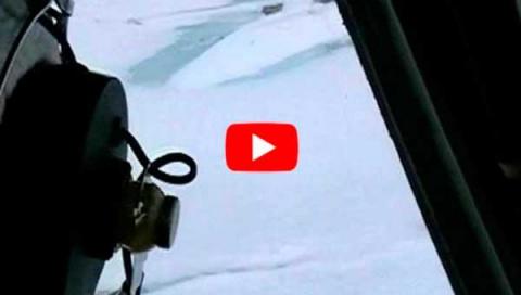 Русские лётчики обнаружили вмёрзшую подводную лодку США в Арктике.