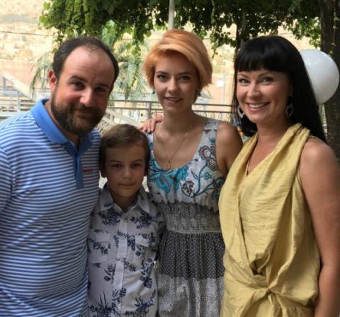 """Нонна Гришаева: """"Кто моложе, я или муж – большой вопрос"""""""