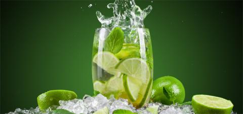 5 главных причин, почему вы навсегда должны отказаться от употребления охлаждающих напитков со льдом