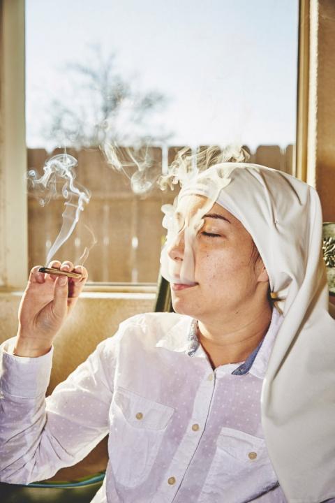 Как живут монахини, которые выращивают марихуану