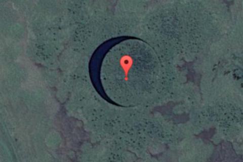 Мистическое озеро увидел пилот, подлетев поближе он увидел нечто шокирующее!