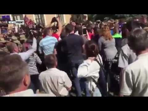 Массовые столкновения под зданием Тернопольского городского совета