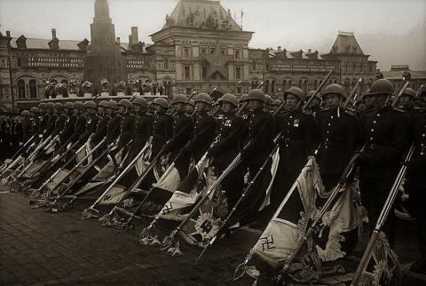 Легендарный Парад Победы 1945 года