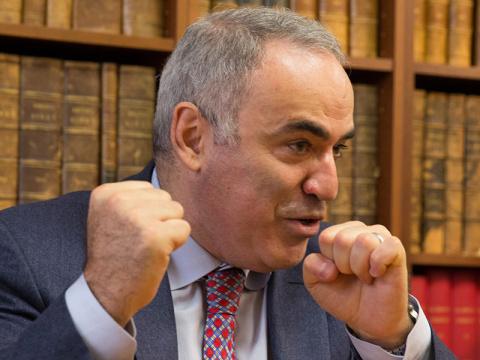 Гарри Каспаров: Крым – это н…